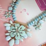 สร้อยคอแฟชั่น แบบ Zara ลายดอกไม้สีฟ้า