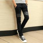 กางเกงยีนส์สีดำแนวๆ
